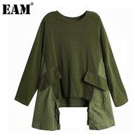 المرأة تي شيرت [eam] المرأة الجيش الأخضر غير النظامية انقسام كبيرة الحجم جولة الرقبة طويلة الأكمام الأزياء المد الربيع الخريف 2021 1Z450