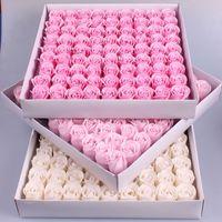 81 ADET Gül Sabun Çiçek Seti 3 Katmanlar 16 Katı Renkler Kalp şeklinde Gül Sabun Çiçek Romantik Düğün Parti Hediye El Yapımı Yaprakları D 97 J2
