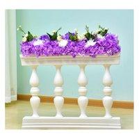 Weißgold Kunststoff Römische Säulenzaun Road Guide Requisiten Künstliche Blumenständervase mit Blumenanordnung für Hochzeitskulisse
