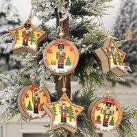 Новогодних украшения Деревянного Walnut солдат лампа Подвеска Круглая пятиконечная звезда Кулон дерево подвесок 2021 Новый год Украшение HH9-3341