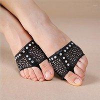 Piedi del piede nero con strass brillanti, perizoma del piede, mezza scarpe, zampe da ballo, pancia da ballo calzature una coppia SF3701
