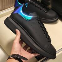 Mens Designer Casual Sapatilhas Clássico Sapatos Brancos Blue Poker Doodle Graffiti Couro Ladies Ins Pop Womens Trendy Plataforma Sapatos Tamanho 36-46