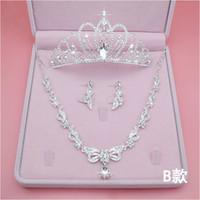 Best Selling Bride Crown Tiara Send Box ACCESSORIA A TRIEZE ACCESSORIO ACCESSORIA MATRIMONIO Strass Strass Headdress Orecchini collana matrimonio