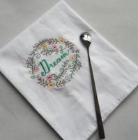 Вышитые салфетки Letter Cotton чай Полотенца Абсорбент Таблица Салфетки Кухня Использование Handkerchief Boutique Wedding ткань 5 Designs AHF1196