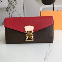 Luxurys Designers Porte-monnaie Femme Femme Portefeuille Logo Lock Shape Solf Classic Pallas Portefeuille Porte-monnaie Porte-monnaie avec boîte à poussière