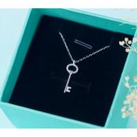 100% réel. 925 Sterling Silver Bijoux Love Key Pendentif Collier avec cristaux blancs CZ Rolo Chain 18 pouces Femme Cadeau GTLX1011 1020