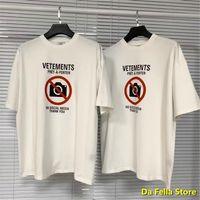 VESTIMIENTOS NO HORMA DE MEDIA SOCIAL T-SHIRT 2021 Hombres Mujeres Vetrás antisociales T-shirts 1: 1 TAG VTM Tops Tee de algodón de alta calidad VTM X1214