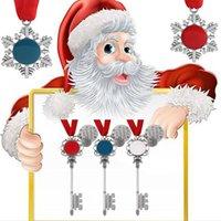 Weihnachtsschneeflocke Schlüsselanhänger Anhänger Dekoration Magie Weihnachtsmann Weihnachtsbaum Ornamente Geschenke DIY Halskette Schmuck Partei Requisiten FFA4475-1