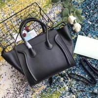 Top Luxury Damen Trapez Casual Tote Handtasche Echte Rindsleder Leder Frau Designer Schulter Bat Tasche mit Handgelenk Geldbörse Bag Boston Handtaschen