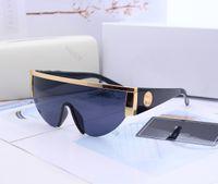 2021 Yeni En Kaliteli 0019 Erkek Güneş Kadınlar Güneş Gözlüğü Moda Stil UV400 Klasik Lens Kutu Muaflı Posta ile Gözleri Korur