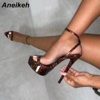 Aneikeh NOUVEAU Sexy Brown CROC PRINT 17cm Ultra Escarpin Sandales pour les femmes d'été plate-forme ouverte Toe Shoes Femme Rome Sandales Pompes