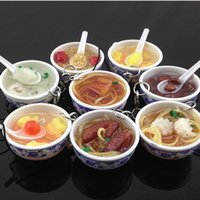 Simulation Lebensmittel Anhänger Nudel Schlüsselanhänger Chinesische blaue und weiße Porzellan-Schüssel Speisen Mini-Handy-Bügel-Anhänger 1pcs