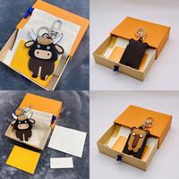 2021 Luxus Keychain Nette Rinderdesign Handgemachte Auto Brieftasche Taschen Anhänger Leder Schlüsselanhänger Unisex Designer Schlüsselanhänger mit Kasten