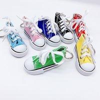 Scarpe su tela Portachiavi promozionale 3D Sneaker Portachiavi Simulazione colorata Simulazione PU Scarpe in tela O Key Anello Accessori Candy Color