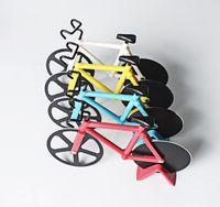 بيتزا القاطع دراجة البيتزا القاطع المزدوج المقاوم للصدأ دراجة البيتزا سكين مطبخ الخبز أداة أدوات الطبخ الإبداعية DDC5595