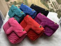 2021 Nuevo terciopelo femenino bolsos de diseño de cadena pequeña solapa bolsas cruzadas Casual Lady Bag Bolsa de hombro de alta calidad