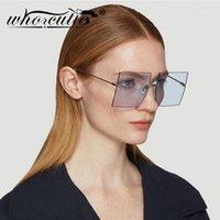 Quién Cutieless Gafas de sol sin montura Mujeres Oversizadas Marco cuadrado 2020 Diseño de marca Océano Lente azul Tint Sun Glasses Lady Femenina S2111
