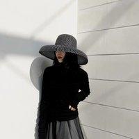 Retro Round Top Big Straw Hat Ladies Sun Hats Travel Holiday Visor Hats Vintage Women Beach Hat Black And White Wholesale 201015