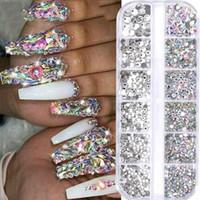 12 Griglie di cristallo variopinto Nail arte del chiodo acrilico Pietre Perle Studs posteriore piana di scintillio di punte 3D Nails Art Decorazioni