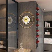 Horloges murales grandes Nordic Modern Design Horloge Décor Minimaliste Métal Métal Salon Creative Wand Klok Accueil Montre JJ60WC