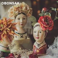 Résine Mur peint à la main suspendue poupée tête vase visage visage humain flowerpot sculpture belle fille végétale végétale végétale en pot décorations maison y200709