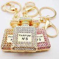 Adojewello Bijoux 3Colors strass cristal scintille bouteille de parfum Keychain Porte-clés cadeau pour les filles sac à main en gros Chram