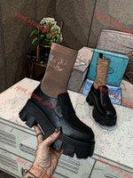 Nouveaux produits 2021 Mode Design Chaussures Femmes Lin456 Bottes Britanniques Round Toe Martin Bottes Pattent En Cuir Pattement Fond Rond Toe Socks