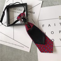 Krawatten Britischer Strass Schmuck Hochzeitshost Performance Krawatte Bogen Männliche Flut Anzug Groomsman Weibliche Ausschnitt Hemd Zubehör1