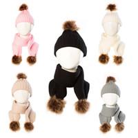 2021 2pcs bambini Berretti + sciarpa dell'inverno infante caldo Neonato bambino dei capretti lavorato a maglia Beanie del cranio Big Pompon Uncinetto Cappelli LY1013
