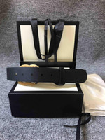 La cintura di chiusura a doppia qualità di qualità più venduta, per uso a doppia faccia, una cinghia di chiusura rotante in lettere d'argento, la migliore riproduzione.