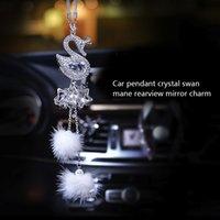 Moda Araç kolye Elmas Kristal Kürk Topu Swan Eleman Dekor Otomobil Dikiz Aynası Araç Süsler Aksesuarları Asma