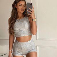 Seksi Patchwork Bodycon Iki Parçalı Set 2021 Summer Kadın Kırpma Üst Şort 2 Parça Set Streetwear Kıyafet Fitness Giysileri