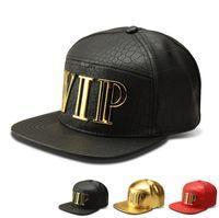 새로운 패션 고양이 편지 VIP 남자 힙합 VIP 편지 야구 모자 가짜 PU 가죽 캐주얼 유니섹스 야외 스트리트 모자 골드 / 블랙 스냅 백