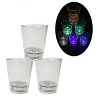 DHL 무료 배송 LED 깜박임 감지 와인 컵 라이트 크리 에이 티브 물 감지 음료 컵 생일 파티 와인 유리 참신 선물 바 공급