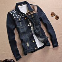 Vestes pour hommes Nice Hommes Denim Jacket Drapeau Broderie Design Marque Décontracter Trou Jeans Bleu gratté Collège Patchwork Male Vêtements1