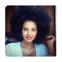 Natur Traum Locken Perücken Salon Chat Short verworrener lockige Perücke brasilianische Haar-Perücken schwarze Farbe maschinell hergestellte Günstige Großhandel Perücken