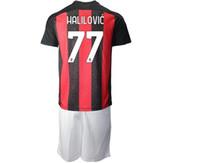 20-21 11 Jersey di calcio personalizzato Ibrahimovic con pantaloncini 10 Calhanoglu 56 Saeelmaekers 79 Kessie 3 Maldini 4 Bennacer Jerseys personalizzato a buon mercato