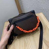 Mini Top Quality Classic Box Bolsas para homens Crossbody Peito desgintores Sacos Senhoras Bolsas ao ar livre Bolsa para homem Tamanho: 18x13x8