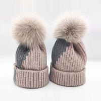 Mujeres de invierno Casual grueso grueso cálido lana tejer gorros gorras de pelaje real pom pom remiendo de punto sombrero sombrero skullies gorros