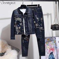 2020 Primavera e Outono Mulheres Mulheres Azul Floral Bordado Beads Cowboy Denim Jacket + Calças Skinny Dois pedaços Jeans Set1