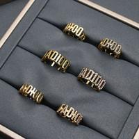 2020cd Jia di Anello GAP ha scavato e diamantato intarsiato con anello di perle multistrato in ottone vecchio stile rosso