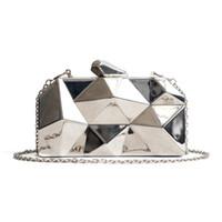 Kopplingspåsar Hexagon Kvinnor Handväskor Metall Högkvalitativa Kopplingar Mode Geometrisk Mini Party Black Evening Purse Silver Gold Box
