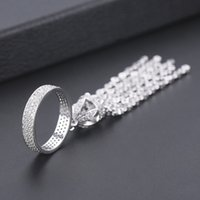 Venta al por mayor de compromiso de lujo anillos de borla de boda para las mujeres bridales AAA Cubic Zirconia Dubai Femmale Accesorios Anillo de dedo Joyería