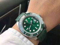 Data quadrante verde da 40 mm, cinturino in gomma, anello di orologio ceramico, macchina automatica, impermeabile, luminoso, un must-have per gli uomini