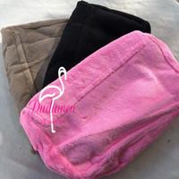 29x20x7cm Cassa di stoccaggio della moda con borsa a tracolla a catena C trapuntata V regalo borsa vintage pelliccia tattile trucco classico boutique collezione