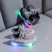 جديد الأطفال شبكة أحذية بنين بنات الدانتيل يصل الرياضة الاحذية أضواء الطفل عارضة أحذية رياضية طفل رضيع الصمام أحذية رياضية