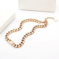 de luxe bijoux bijoux femmes colliers rose Chaînes en or link acier inoxydable argent 18k goujon et bracelets bijoux costumes chaudes