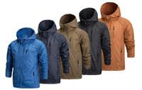 Uomo Design giacca softshell impermeabile antivento traspirante escursionismo giacche per Sport Camping Pioggia cappuccio trasporto libero