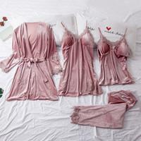 Kış Kadife Pijama Kadınlar Için Set Yumuşak Seksi Tutmak Seksi Pijama PJS 4 adet Tam Kollu Askı Gecelik Bath Robe Lingerie Takım 201104