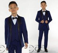 2021 Niños de moda de trajes para boda formal occaions mantón de la solapa de un botón pequeña flor Niños de los padrinos de los smokinges (Jacket + Vest + Pant + Tie) AL7290